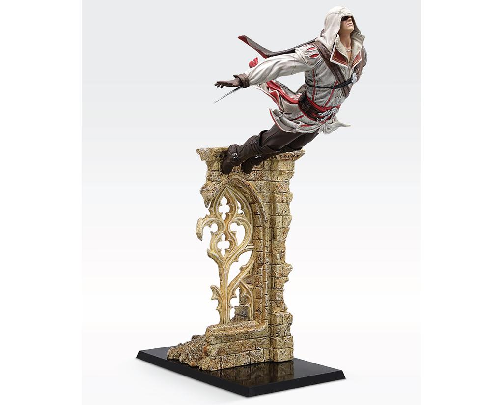 Assassin S Creed Ezio Leap Of Faith Figurine Ubi Workshop